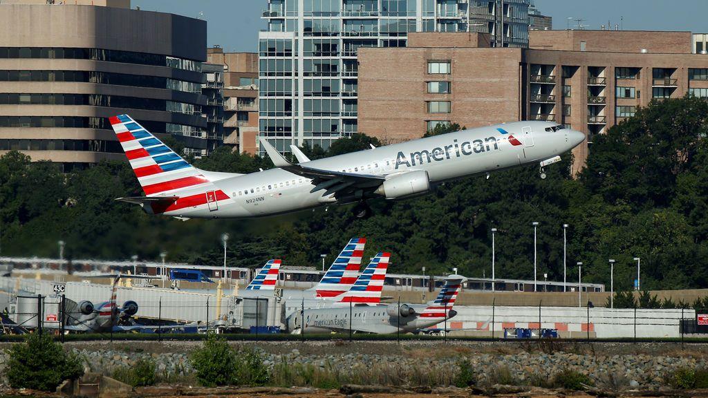 El error que podría dejar 15.000 vuelos de American Airlines sin pilotos estas navidades