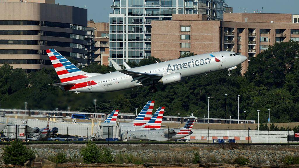 El fallo informático que podría dejar 15.000 vuelos de American Airlines sin pilotos estas navidades
