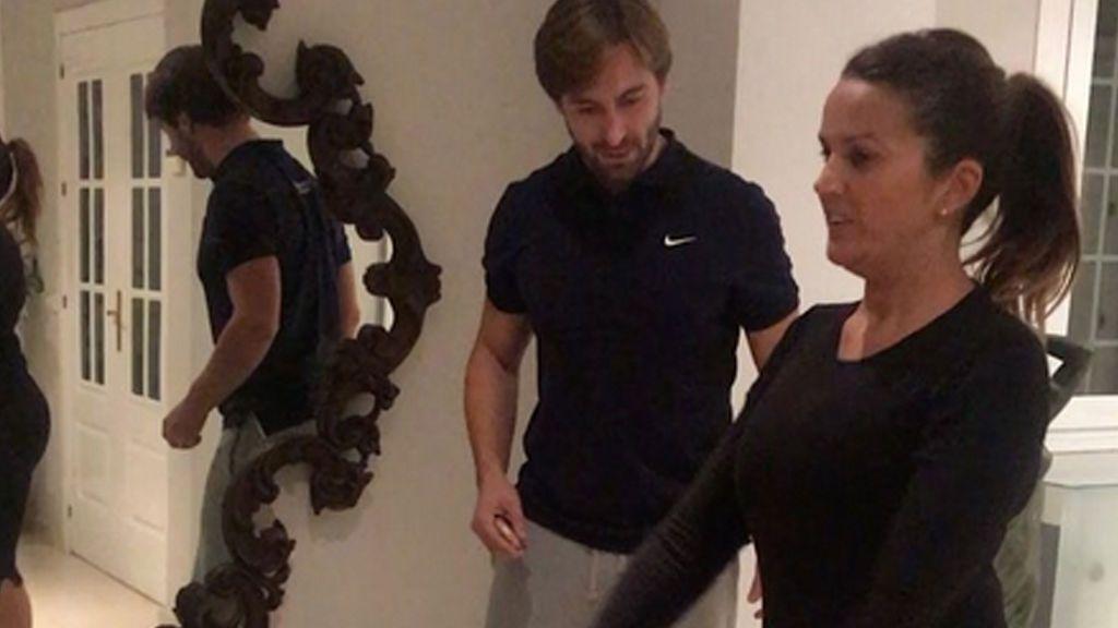 Marta López engorda 8 kilos y decide ponerse en forma con un entrenador personal