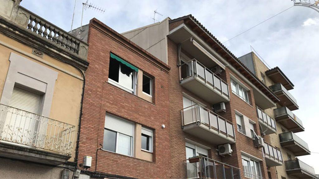 Cuatro heridos al incendiarse un piso en Olesa de Montserrat (Barcelona)