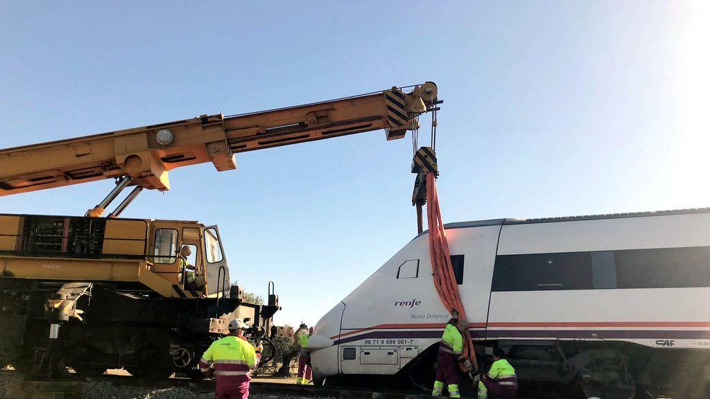 El temporal obliga al trasbordo de 230 pasajeros de un tren en Palencia