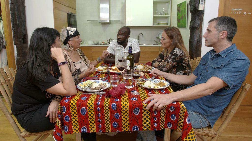 México y Senegal se fusionan en los fogones de Donosti, esta semana en 'Ven a cenar conmigo'