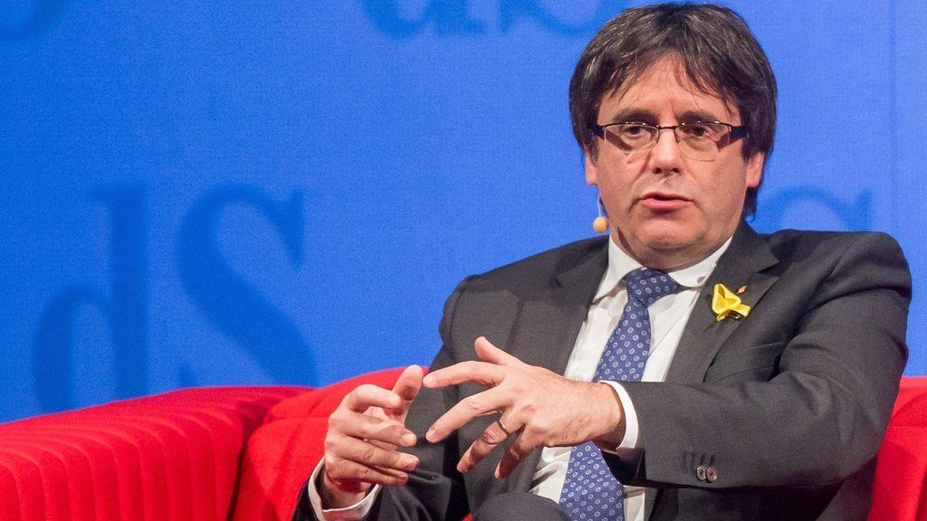 """Puigdemont dice que es """"insostenible"""" que haya elecciones con """"una gran parte de los candidatos en la cárcel"""""""