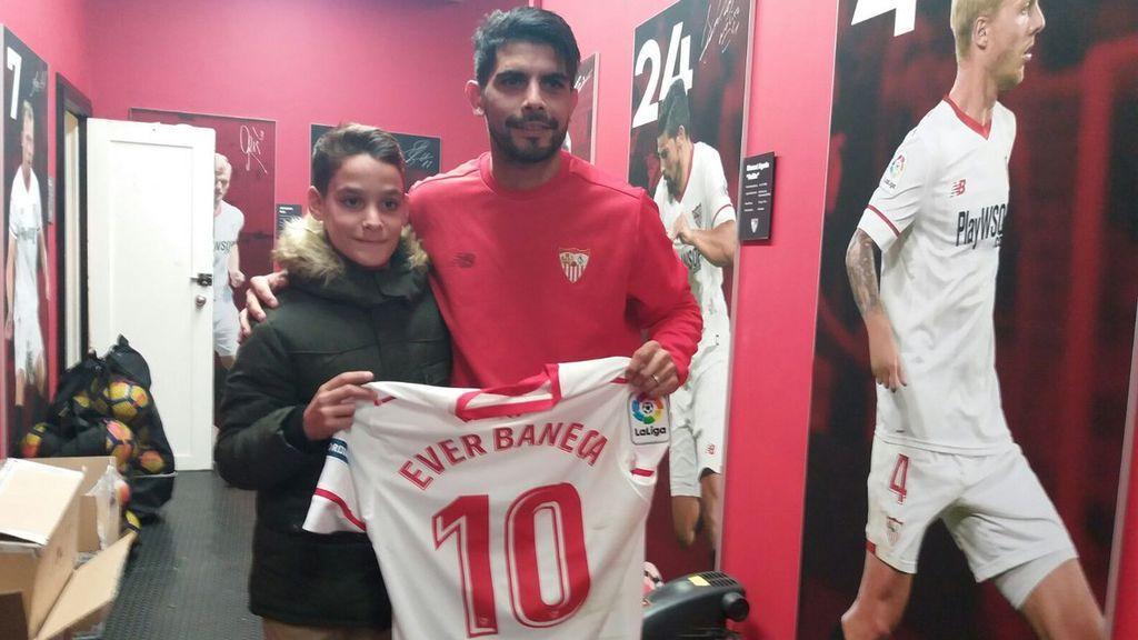 Moisés Aguilar, el recogepelotas de 12 años que ayudó a un rival, cumple su sueño: ¡conoce a su ídolo, Ever Banega!