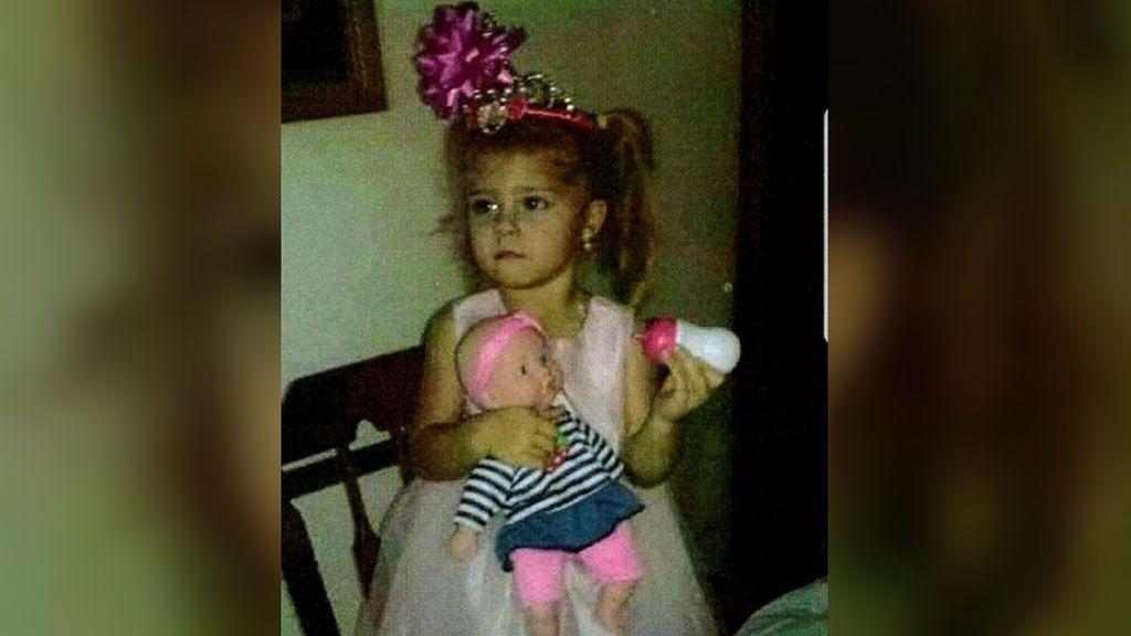 Hallan unos restos humanos que podrían pertenecer a la niña de tres años desaparecida en Carolina del Norte