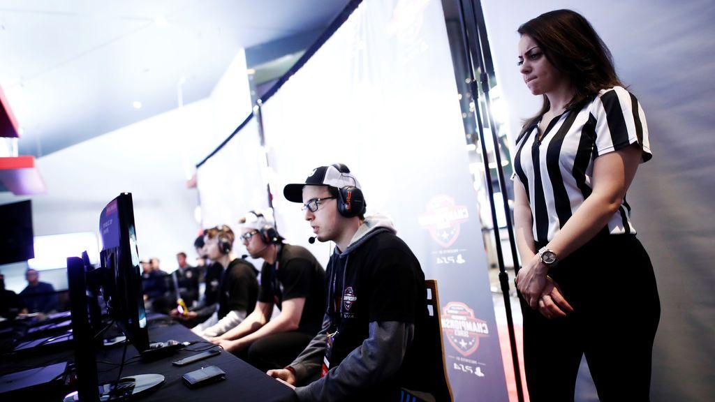 ¿Para qué sirven los árbitros en las competiciones de videojuegos?