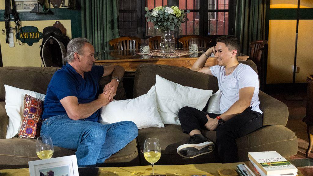 Jorge Lorenzo, cinco veces campeón del Mundo de Motociclismo, visita a Bertín Osborne en 'Mi casa es la tuya'.