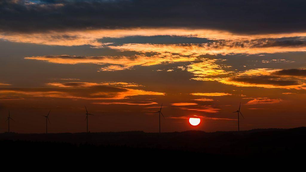 sunset-1733741_1920 (1)