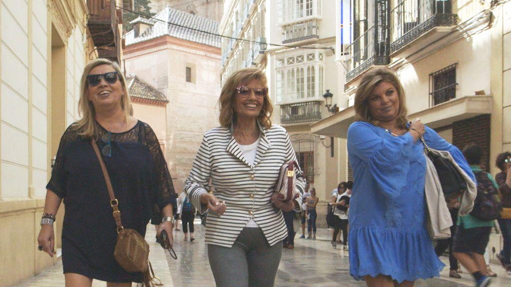 Carmen Borrego, Mª Teresa y Terelu Campos en la segunda temporada de 'Las Campos'.