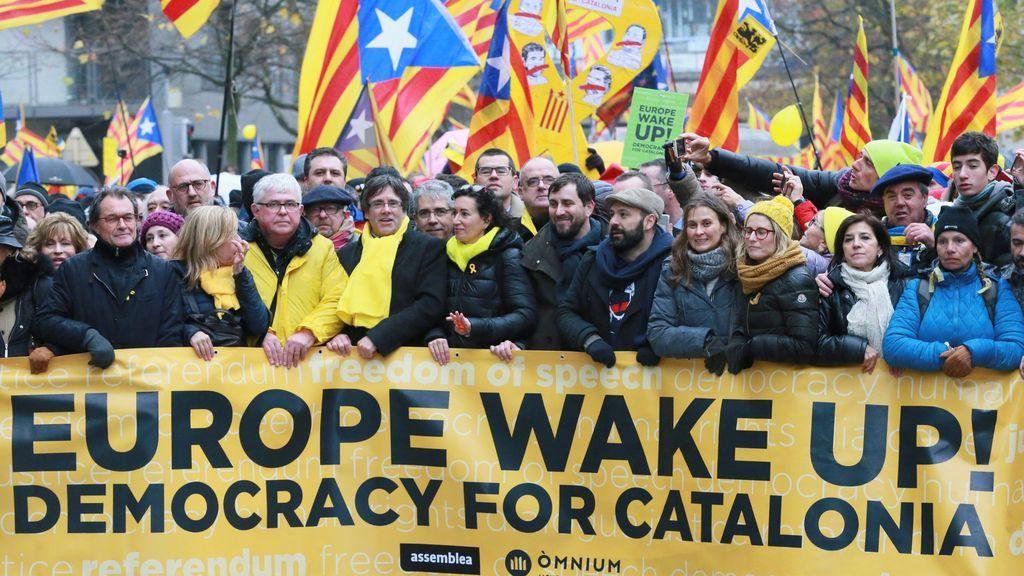 Cabecera manifestación en Bruselas