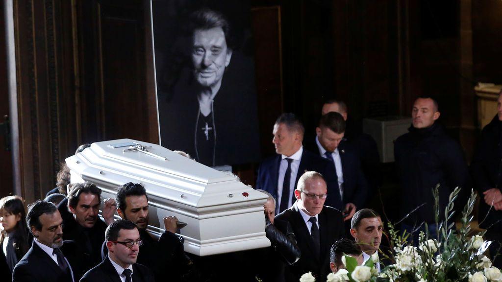Más de un millón de franceses despiden a Johnny Hallyday en los Campos Elíseos