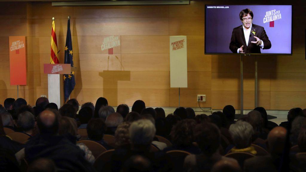 """Puigdemont a PP, Cs y PSC: """"Basta de decir a la víctima que es responsable de lo que le causa su agresor"""""""