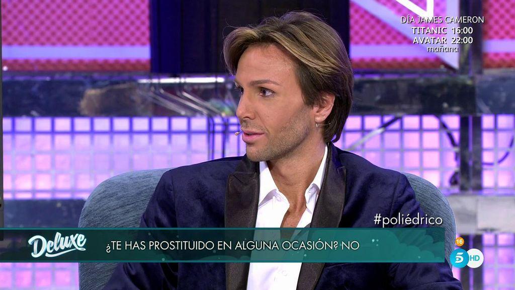 La pregunta que hará tambalear su relación: ¿ha ejercido Erik la prostitución?