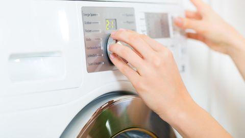 Resultado de imagen para lavar ropa interior