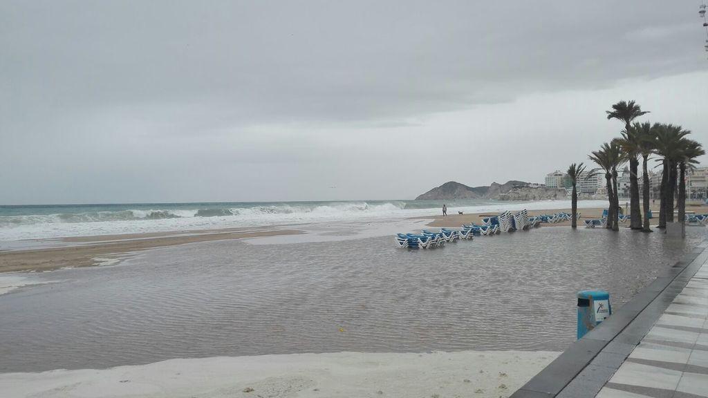 Destrozos del temporal 'Ana' en Benidorm