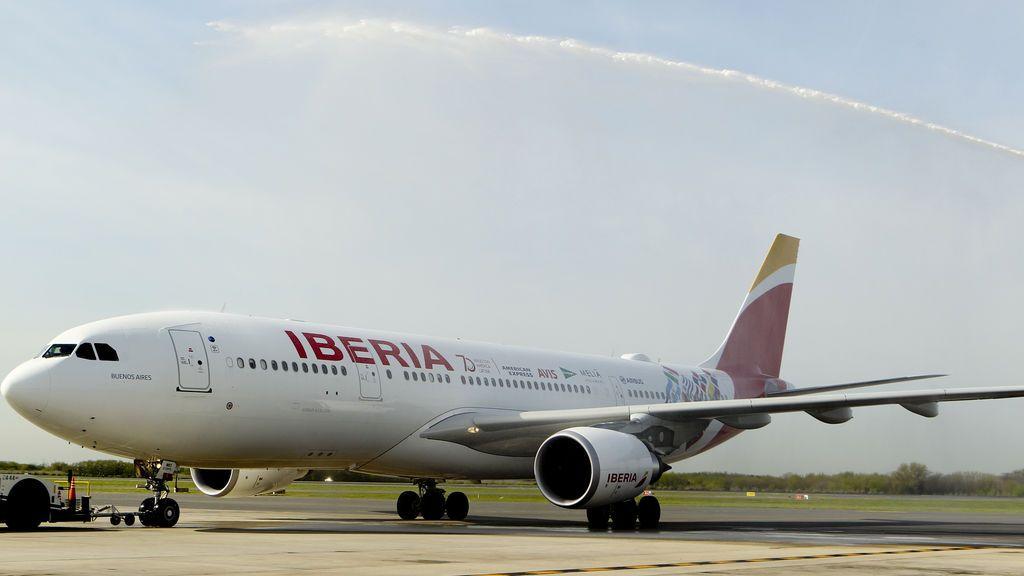 Empleados de Iberia en el Aeropuerto de Barcelona convocan huelga entre el 21 y el 24 de diciembre