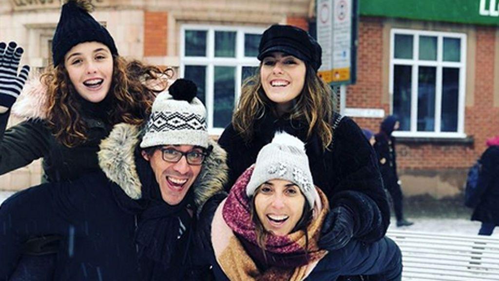 ¡Guerra de nieve! El divertido fin de semana en familia de Paz Padilla y su hija