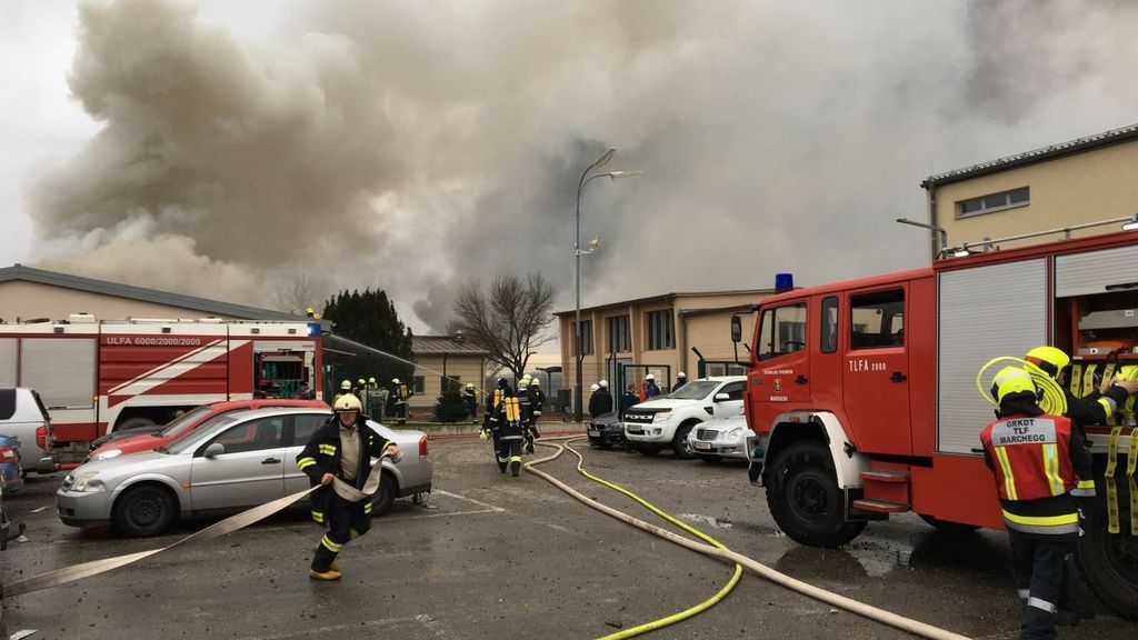 Un muerto y decenas de heridos por una explosión de gas en Austria