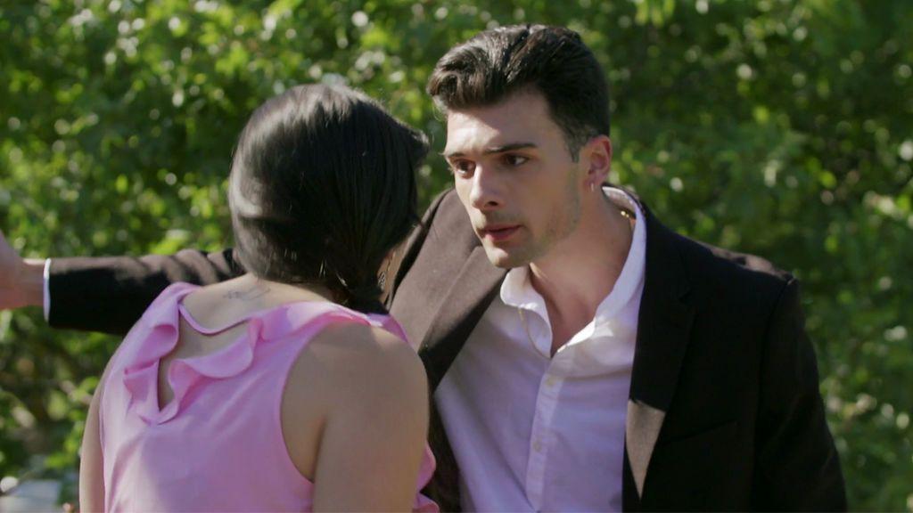 Una boda saca a la luz el verdadero carácter del novio de Mónica
