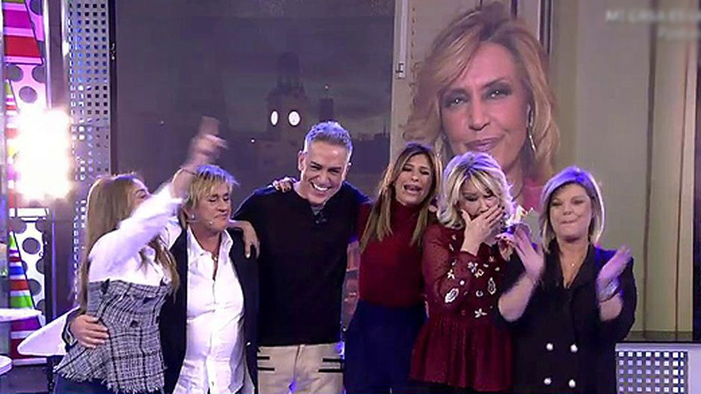 Marta Sánchez, Locomía, Sex Bomb, Karina, María del Monte, Los Chunguitos y Henry Méndez, protagonistas con los colaboradores del especial 'Sálvame Stars' en Nochevieja