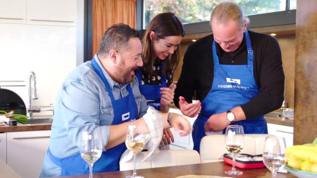 ¡Sangre en la cocina! A Bertín y a Dafne Fernández no se les dan bien los cuchillos…