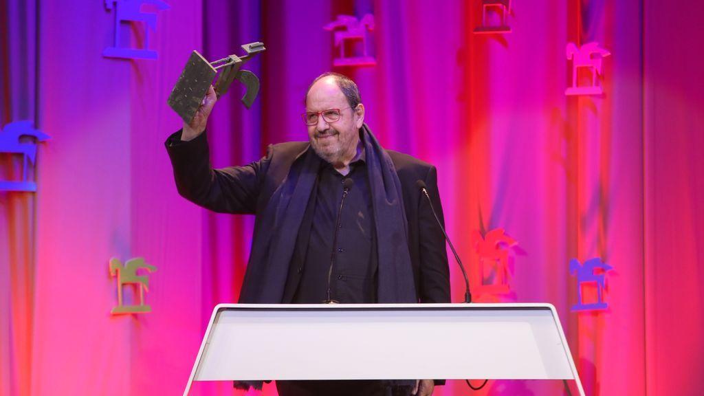 Josep María Pou, mejor intérprete de serie emitida por emisoras o cadenas no nacionales.
