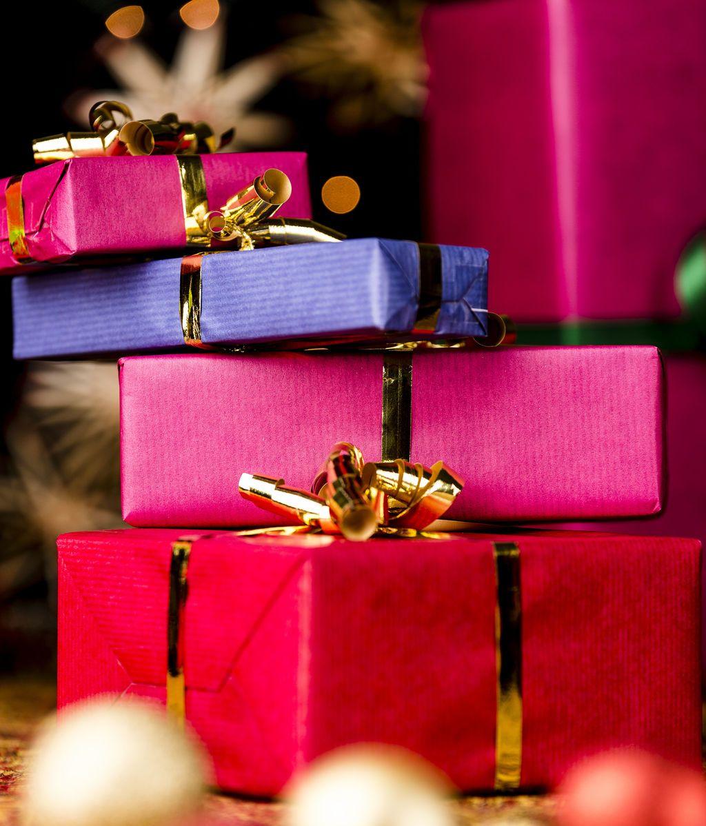 Un niño de once años regala más de 200 regalos a un hospital infantil