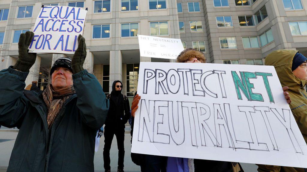 Golpe a Internet: Estados Unidos acaba con la 'neutralidad' obligada a los proveedores