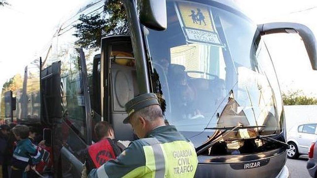 Denuncias al conductor de un autobús escolar en Cuenca por dar positivo en cocaína