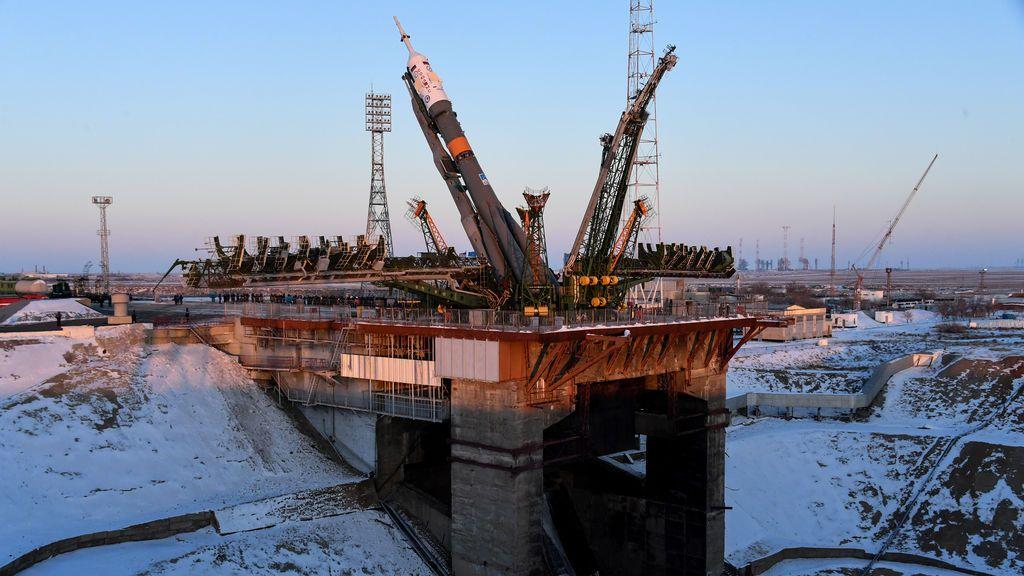 La nave espacial Soyuz MS-07 para la próxima tripulación de la Estación Espacial Internacional (ISS) de Norishige Kanai de Japón, Anton Shkaplerov de Rusia y Scott Tingle de los EE. UU.