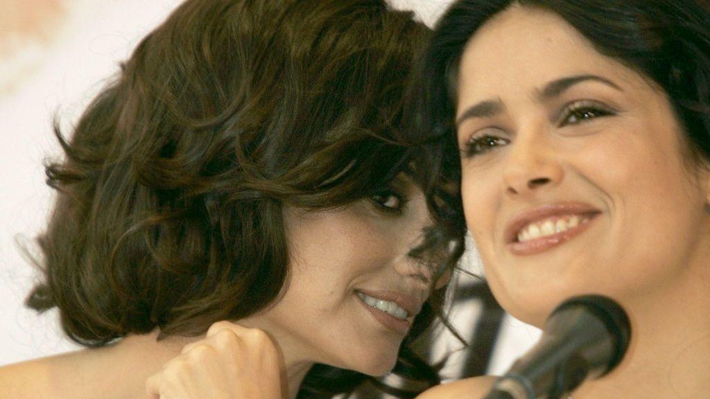 """Penélope Cruz da todo su apoyo a su gran amiga Salma Hayek: """"Te quiero, hermosa amiga"""""""