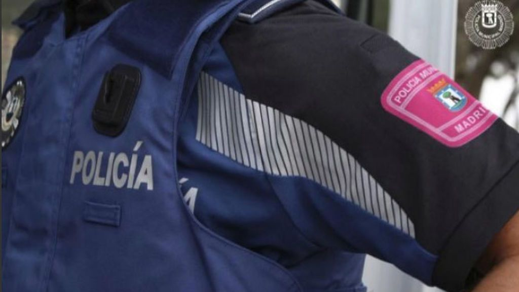 Detenido un menor tras intentar apuñalar a una joven en el cuello en Madrid