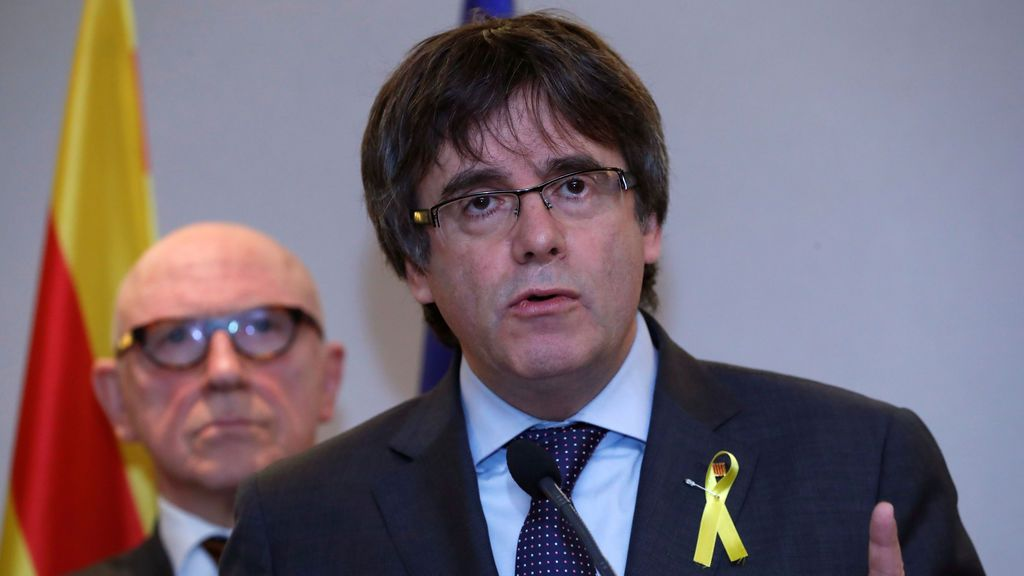 Puigdemont dice que tendrá que volver a Catalunya si el 155 es rechazado