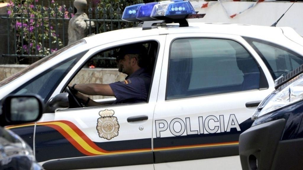 Intentan entrar en un bar con un caballo en Ourense y son detenidos tras amenazar de muerte a un cliente en otro