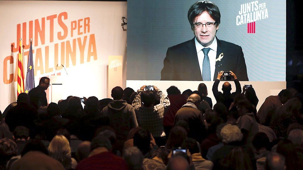"""Puigdemont: """"No han decapitado la presidencia, han decapitado la democracia"""""""