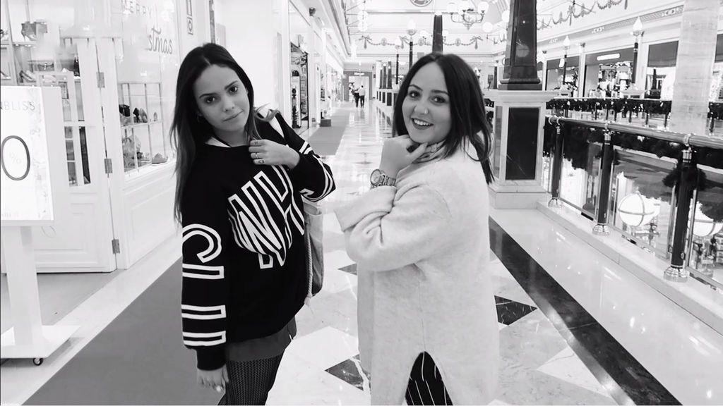 Confidencias, sorpresas y mucho shopping con Rocío Flores, 'la sobri' de Gloria (1/2)
