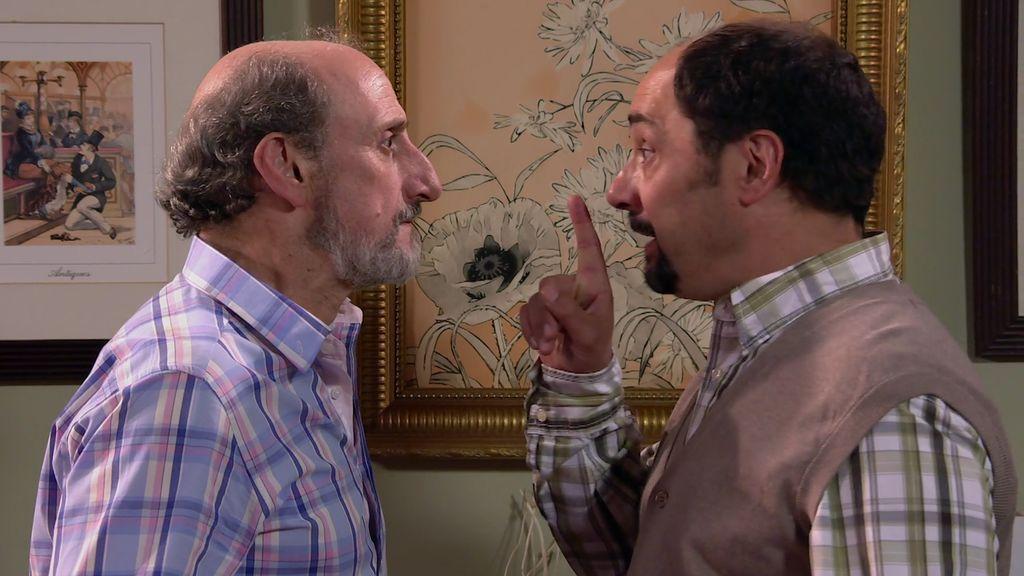 ¡Antonio le cobra el juju de Alba a Enrique!