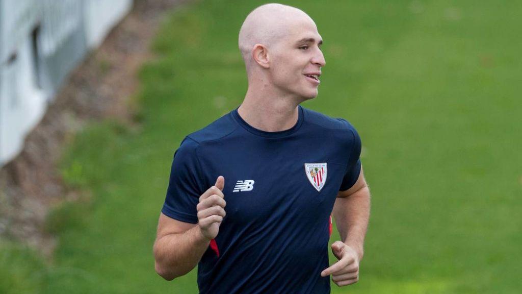 Yeray Álvarez vuelve a jugar con el Athletic Sub-23 tras superar un cáncer por segunda vez