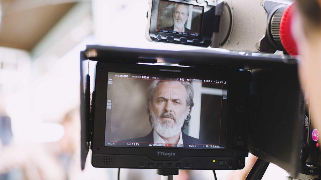 José Coronado durante el rodaje de 'Vivir sin permiso'.