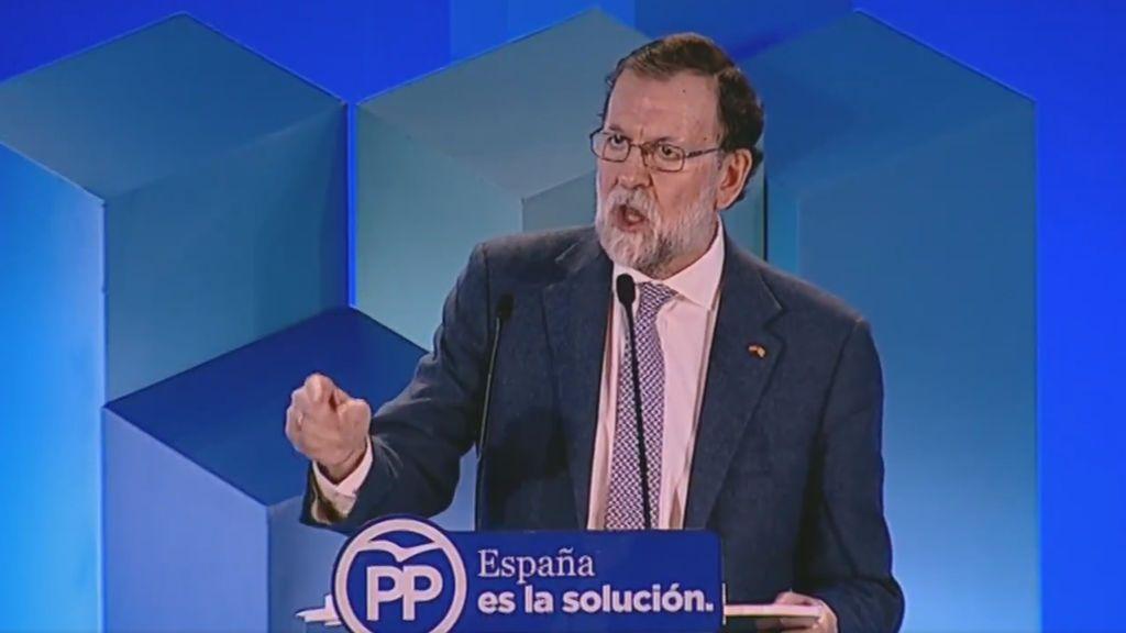 """Rajoy recuerda que el PP cesó """"a un Gobierno que se había instalado en la ilegalidad"""""""