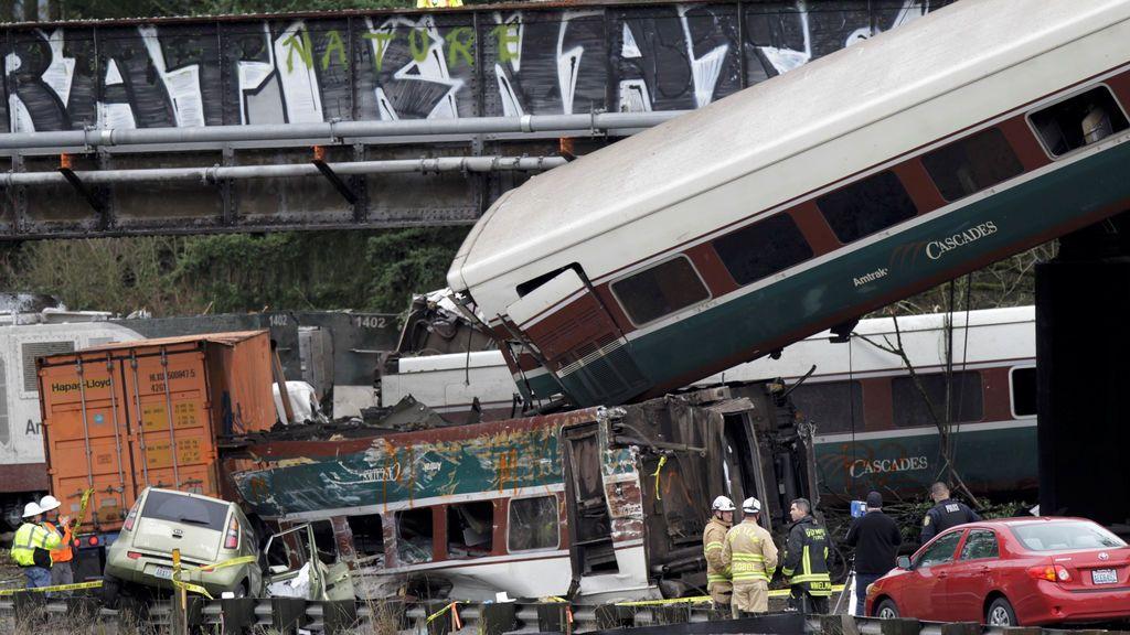 El mal estado de las vías, posible causa del accidente de tren en Seattle