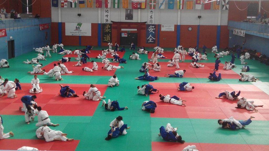 El judo y el fútbol, los deportes que mayor autoconfianza dan a los adolescentes