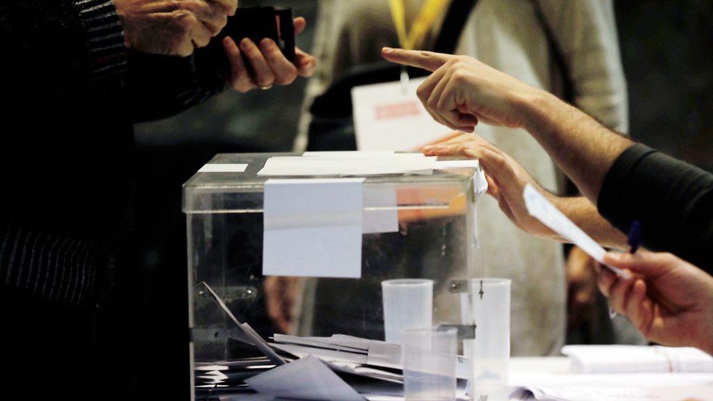 Elecciones en Cataluña: Un recuento con más interventores y policías que nunca