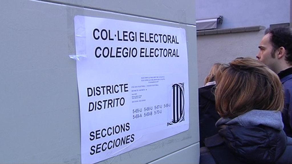 Malabarismos en Cataluña para votar en un día laborable