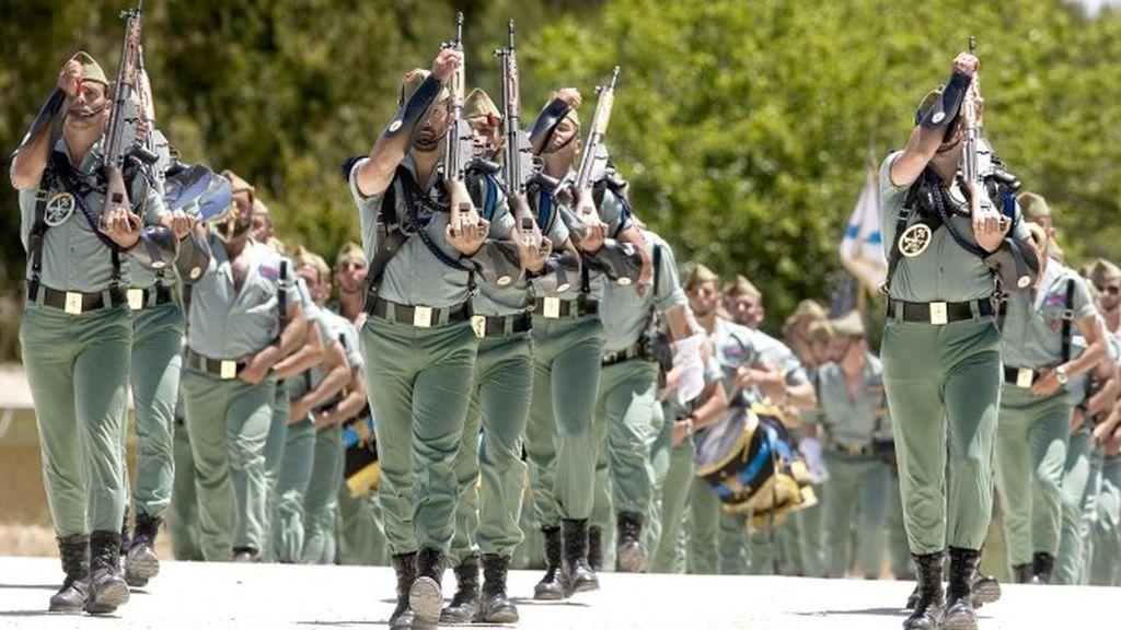 El Ejército de Tierra prohíbe cánticos machistas a los militares después de una polémica marcha de la Legión