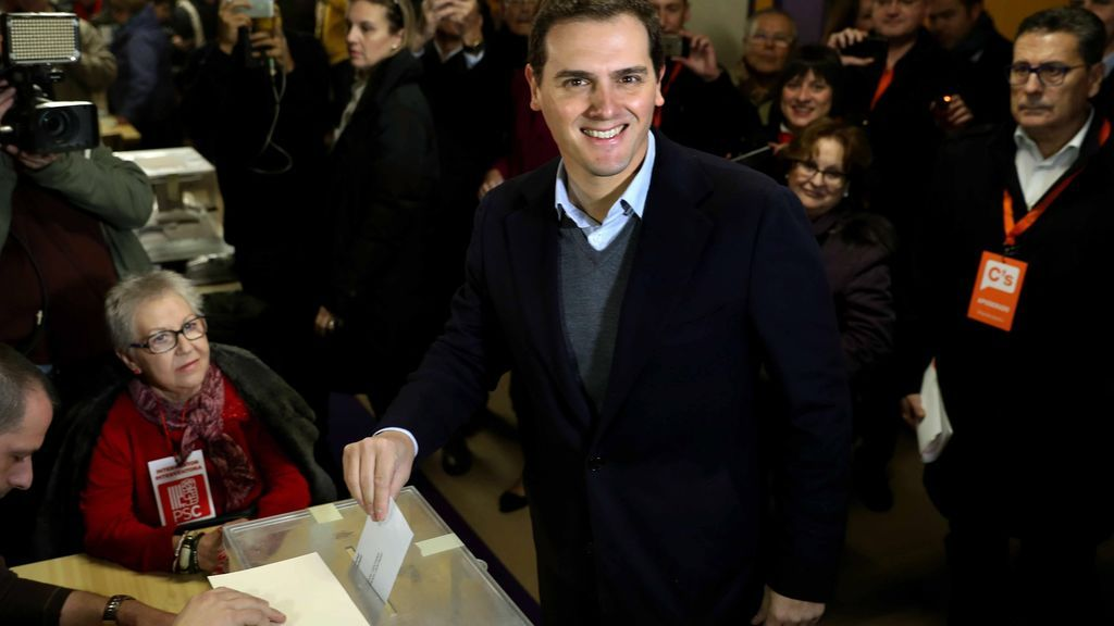 Albert Rivera acude a votar