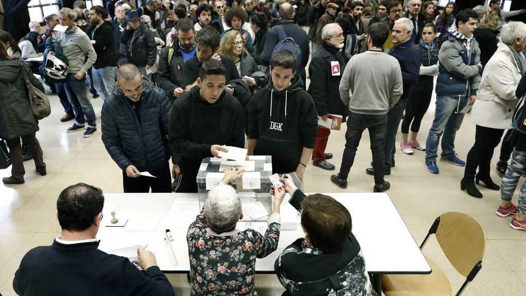 La participación a las 18h se incrementa en cinco puntos respecto a las elecciones de 2015