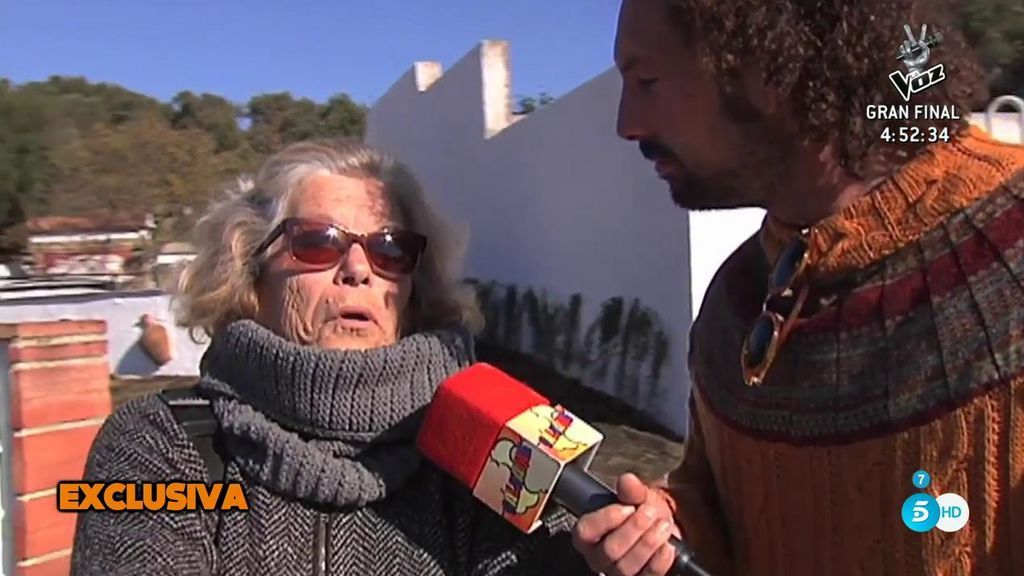 Los vecinos de Campanario y Jesulín afirman que no les ven gestos de cariño