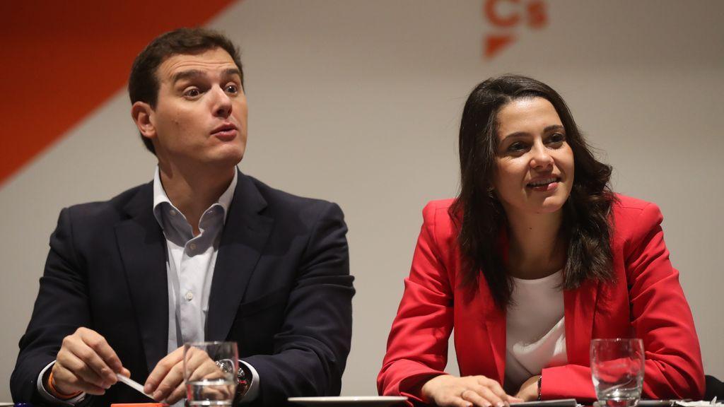 Ciudadanos logra una victoria histórica en Cataluña y arrasa con el Partido Popular