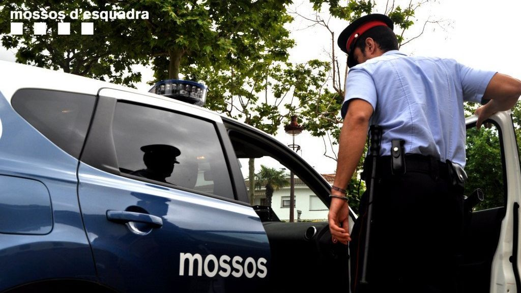Detenidos seis jóvenes por agredir sexualmente a una mujer en Barcelona